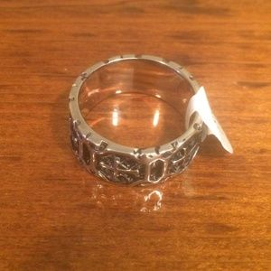 Mens stainless steel cross ring size 12
